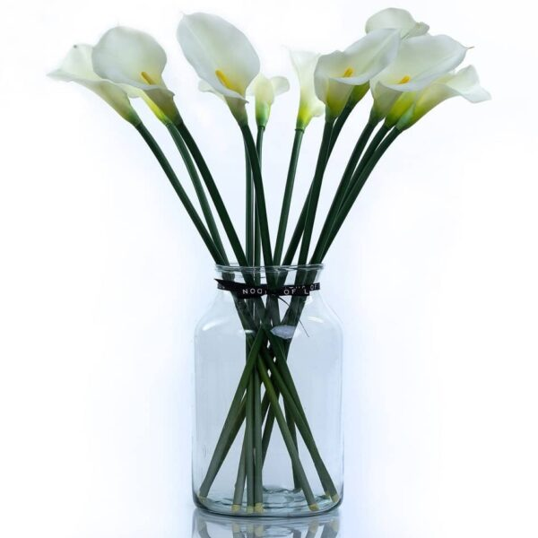 Artificial Flower White Calla Lily Bouquet in a Vase